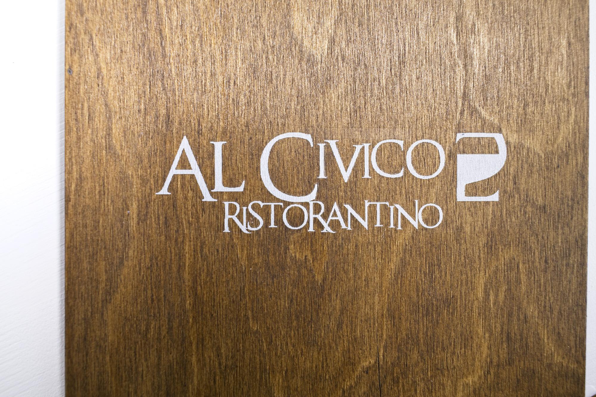 Portamenu Oreto Al Civico 2