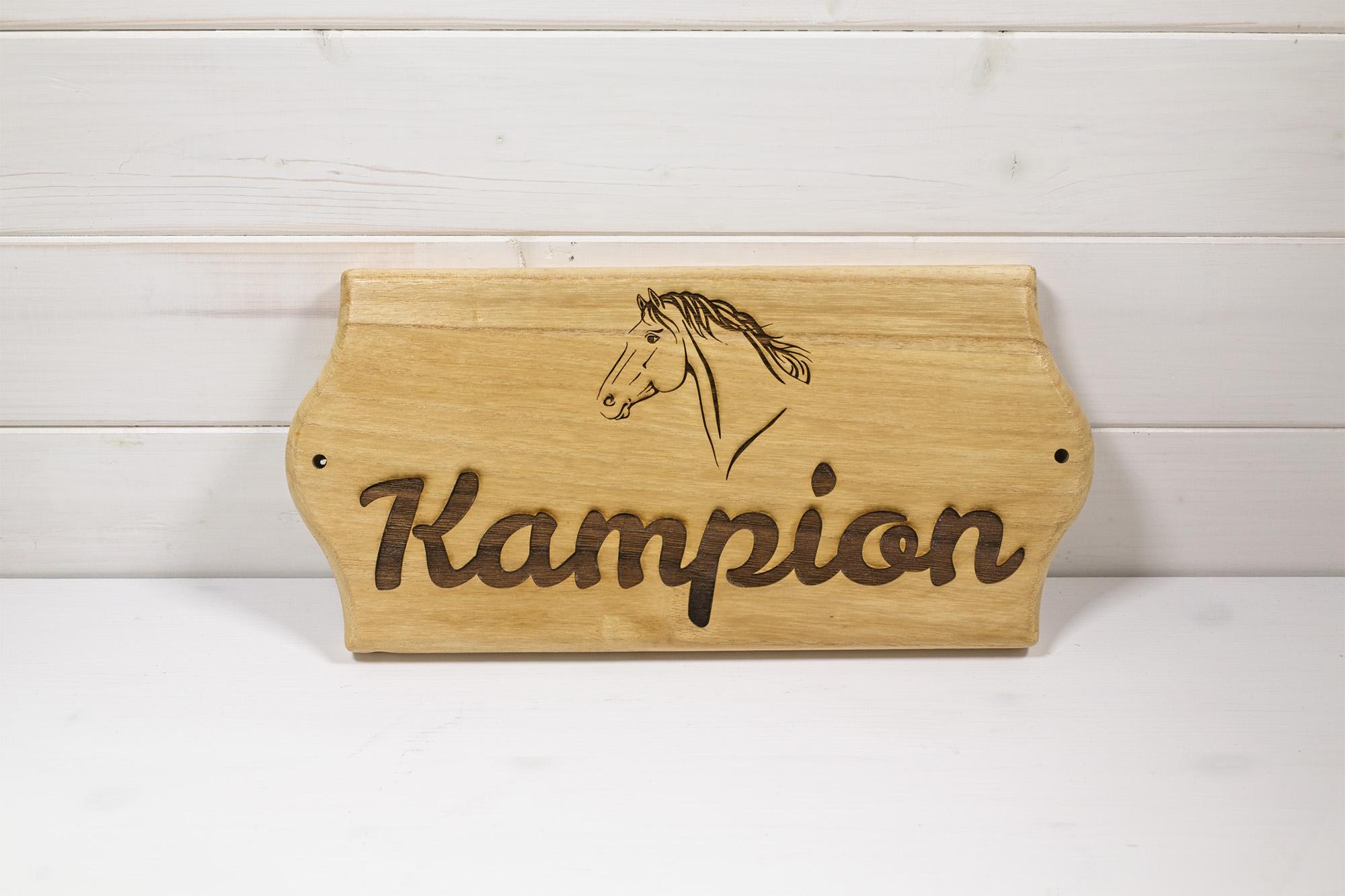 Targa Box Cavallo Kampion